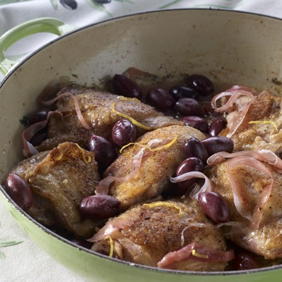 Olive-Prosciutto Chicken for the Slow Cooker
