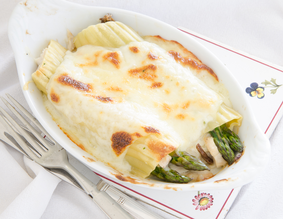 French Chicken-Asparagus Cannelloni