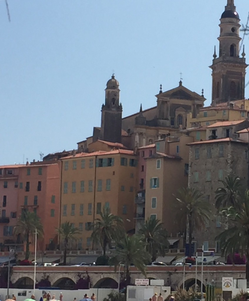 More orange-yellow Hughes in Menton....